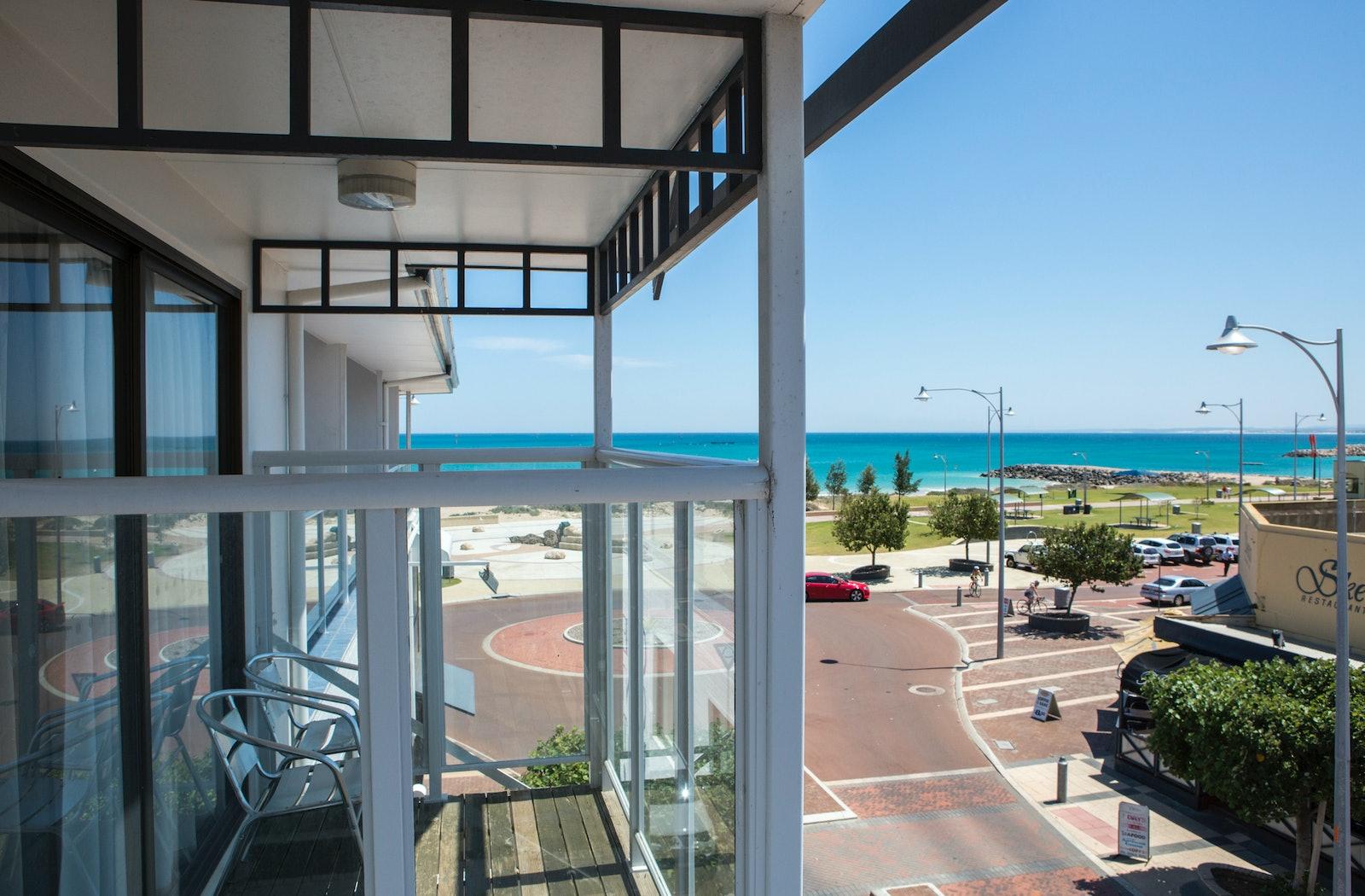 deluxe balcony view  ocean centre hotel geraldton