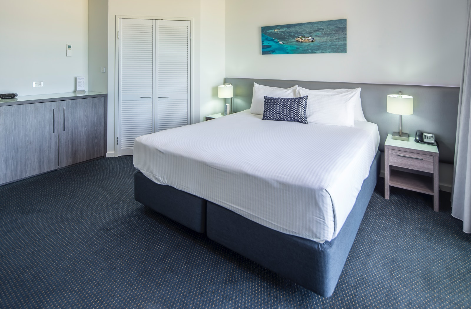 luxe ocean view with balcony ocean centre hotel geraldton
